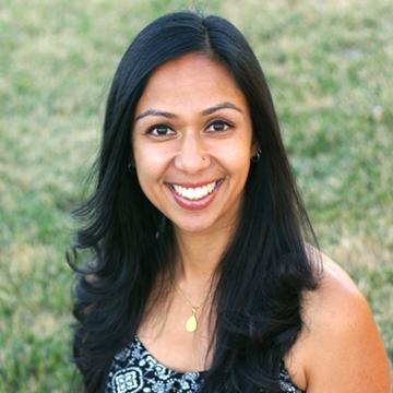 Shazia Headshot