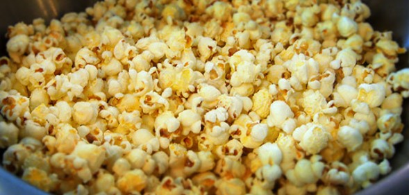Can dogs eat popcorn?