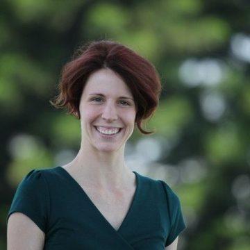 Dr. Sarah Wallace, DVM, Cert. WFF (Canine)